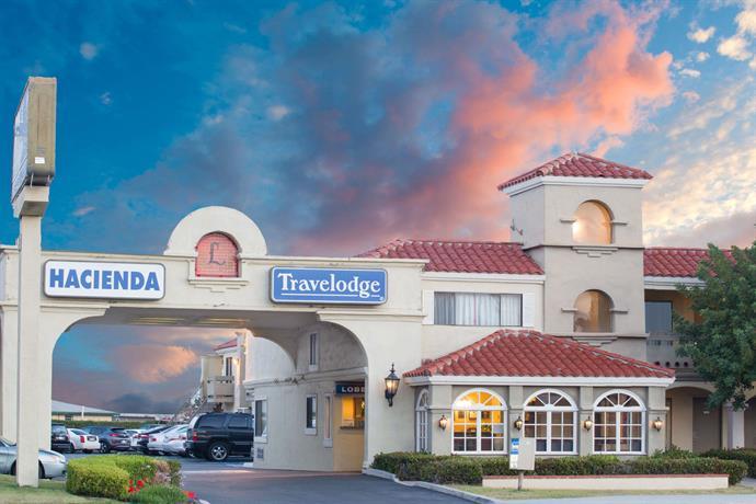 Travelodge by Wyndham Costa Mesa Newport Beach Hacienda