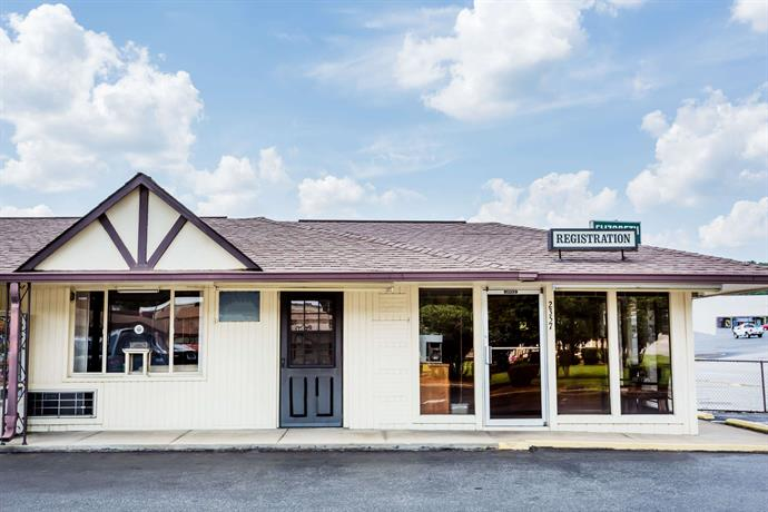 Collinsville Knights Inn