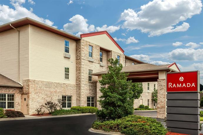 Ramada by Wyndham Sellersburg Louisville North