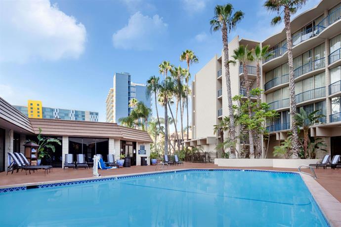 Wyndham San Diego Bayside