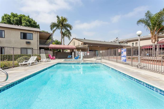 Rivera Pool knights inn pico rivera compare deals