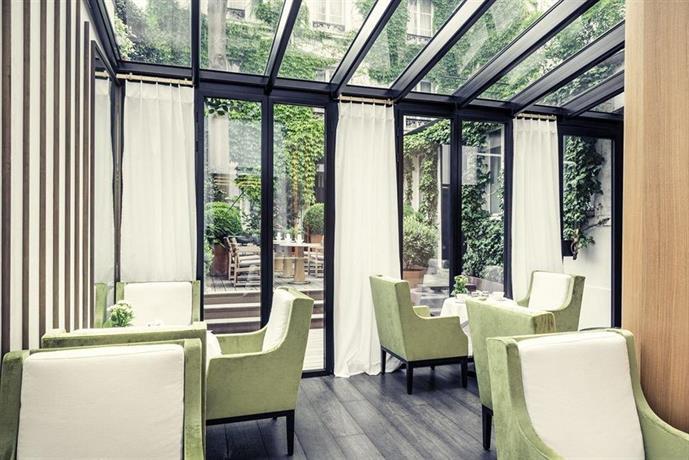 Hotel Mercure Paris Champs Elysees