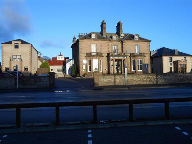 The Royal Hotel Elgin