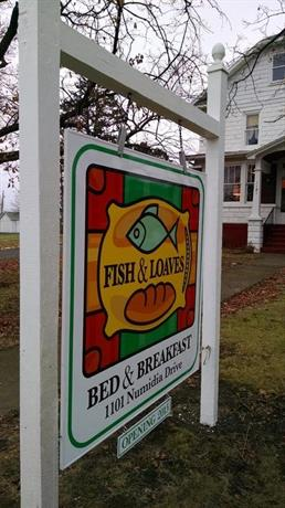 Fish & Loaves Bed and Breakfast