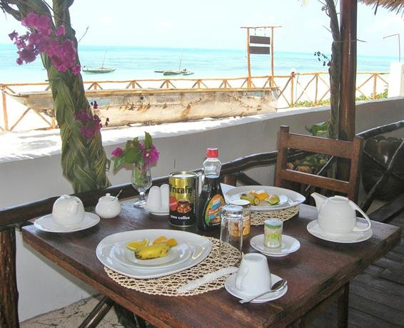 Sea view lodge boutique hotel jambiani compare deals for Boutique hotel offers