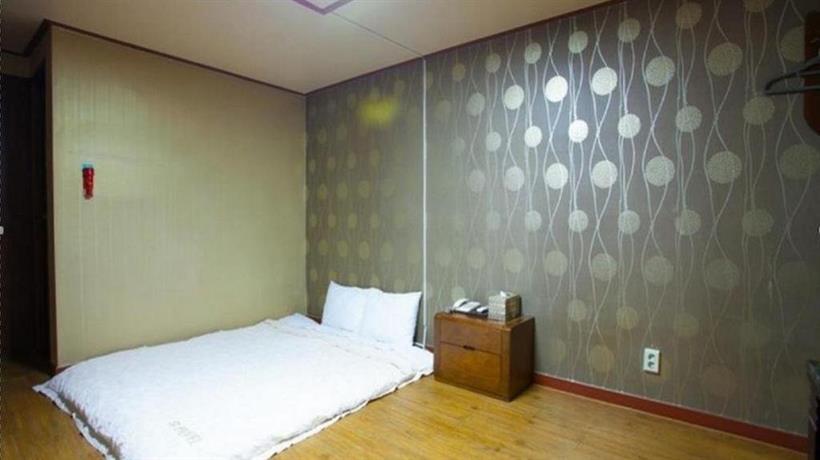 Goodstay Hue Hotel  Jeongseon