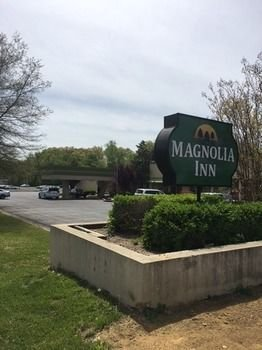 Murray Magnolia Inn
