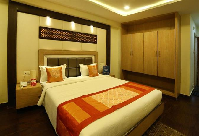 OYO Rooms Near Andhra Hospital