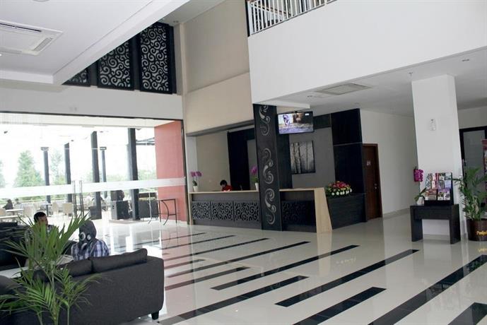 Padjadjaran Suites Hotel Bogor - room photo 4684486