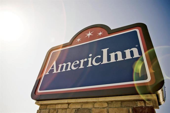 AmericInn Lodge & Suites Aberdeen