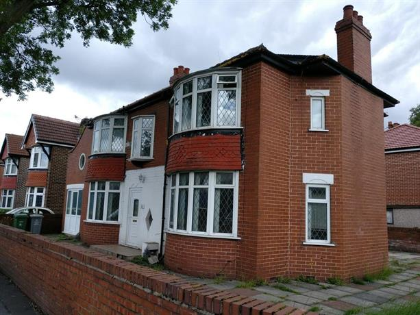 Old Trafford Guest House