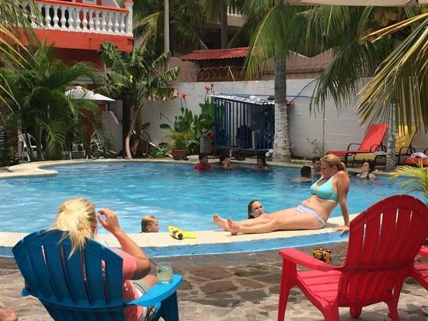 About Sabas Beach Resort
