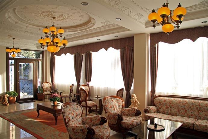 New Friends! - Foto di Basileus Hotel, Istanbul - Tripadvisor
