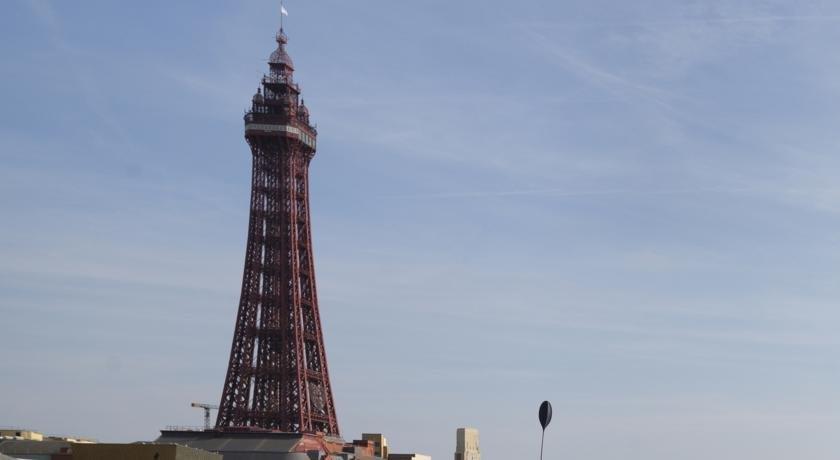 Dukeries Hotel Blackpool