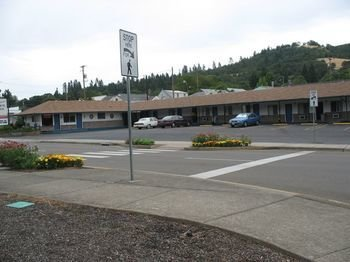 Travel Inn Roseburg