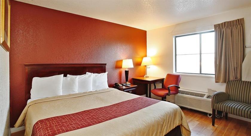 Palmdale Hotel Deals