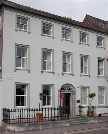 Long Quay House
