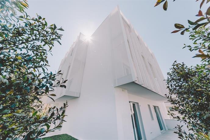 Suite 10 Home Design & Spa, Polignano a Mare - Compare Deals