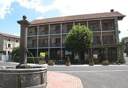 Hotel La Clairiere Chambon sur Dolore