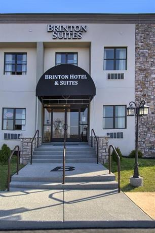 Brinton Hotel and Suites