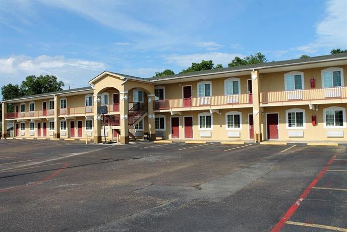 Continental Inn & Suites Nacogdoches
