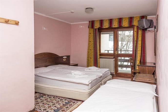 Hotel La Terrazza Sauze d\'Oulx - Compare Deals