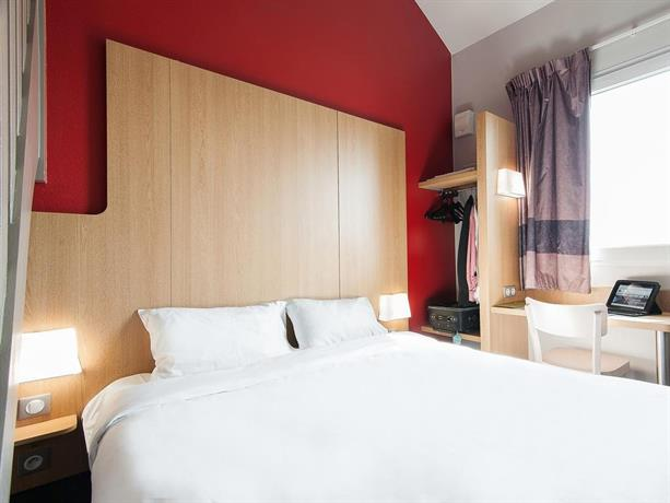 b b hotel bordeaux lac sur bruges compare deals. Black Bedroom Furniture Sets. Home Design Ideas