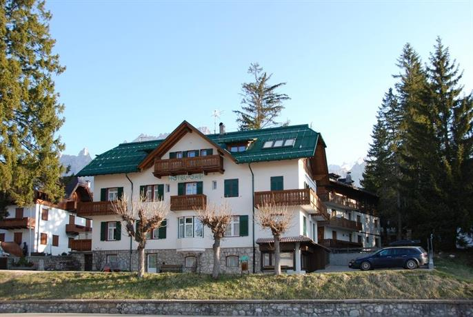 hotel meuble oasi cortina d 39 ampezzo compare deals