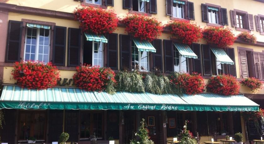 Hotel Restaurant Au Cheval Blanc Ribeauvill Ef Bf Bd
