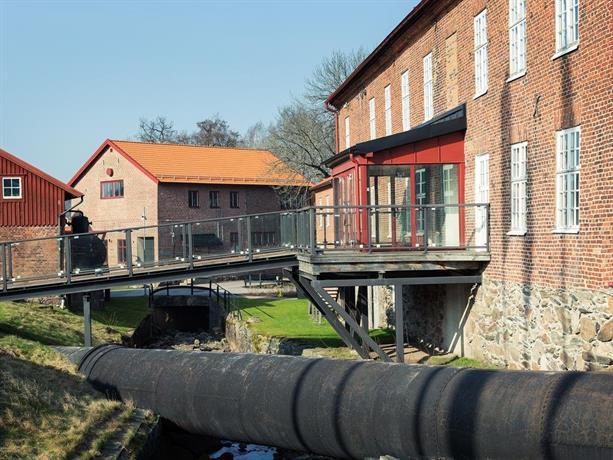 Naas Fabriker Hotell & Restaurang, Tollered