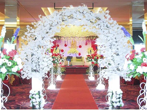 Platinum balikpapan hotel convention hall compare deals junglespirit Images