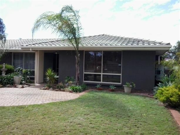 Homestay - Parafield Airport- all meals incl