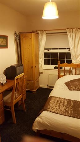 Homestay in Ashton-under-Lyne near Ashton United Football Club