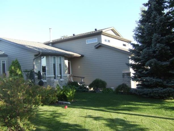Homestay in Saskatoon near Forestry Farm Park and Zoo