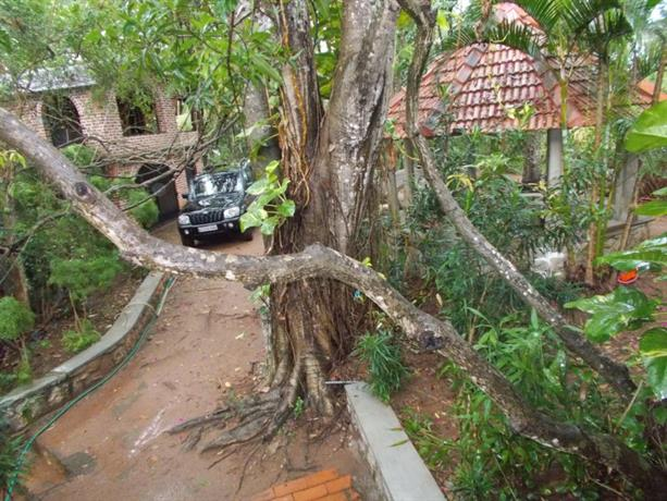 Homestay in Trivandrum near Sree Kailasapathi Temple