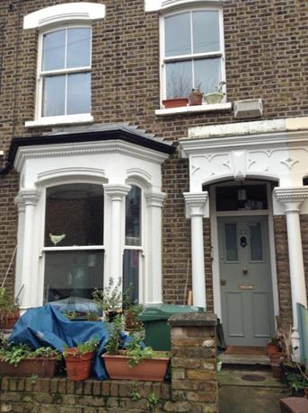 Homestay in Holloway near Upper Holloway Railway Station