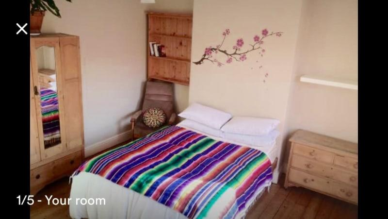 Homestay in Hulme near Old Trafford Metrolink Station