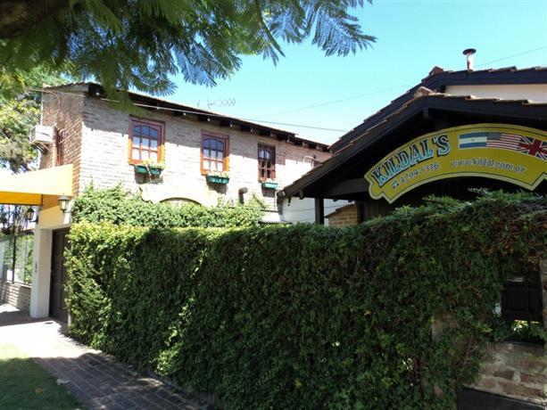 Homestay in Jose Marmol near Estadio Alfredo Beranger