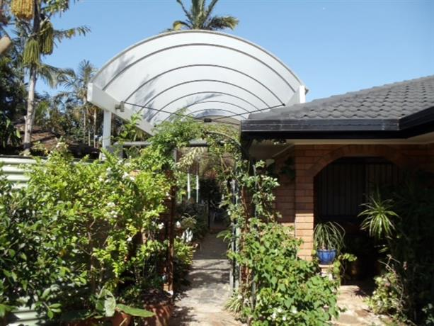 Homestay in Robertson near Queensland Sport and Athletics Centre