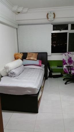Homestay in Bukit Merah near Singapore River