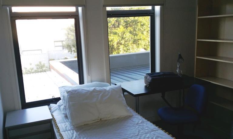 Homestay - Comfortable home in Waverley Garden