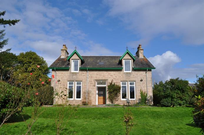 Homestay in Forres near Brodie Castle