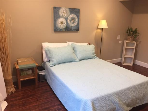 Homestay in Costa Mesa near South Coast Plaza
