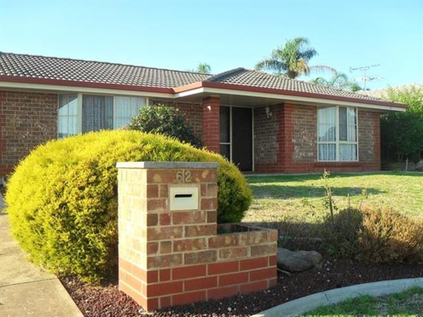 Homestay In Craigmore Adelaide Adelaide