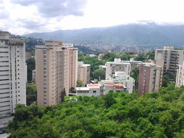Homestay in Caracas near Centro Comercial Ciudad Tamanaco