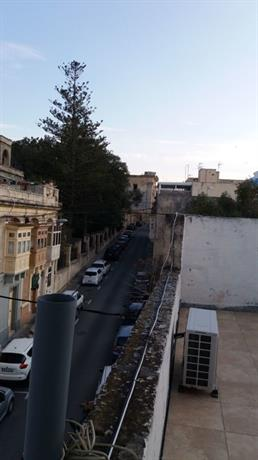Homestay in Birkirkara near Chamber Of Mysteries