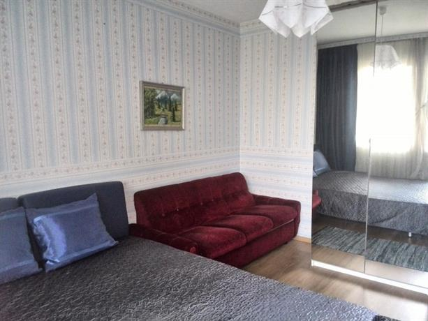 Homestay in Ilinden near Konstantin Velichkov Metro Station
