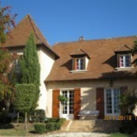 Homestay - quiet house in suburbs of Bergerac