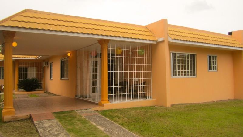 Homestay in Kingston near Jamaica College