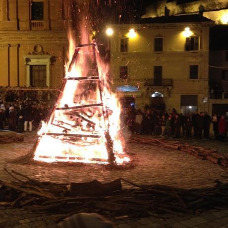 Homestay - Visitare lo Montefeltro - Rimini